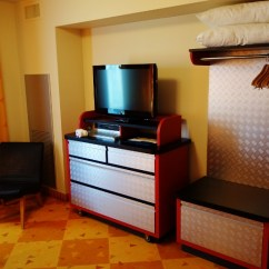 Sturdy Kitchen Chairs Pantry For Photo Tour Of A Cars Family Suite At Disney's Art ...