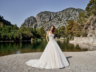 Eddy K Dreams Summer Bridal Collecrion