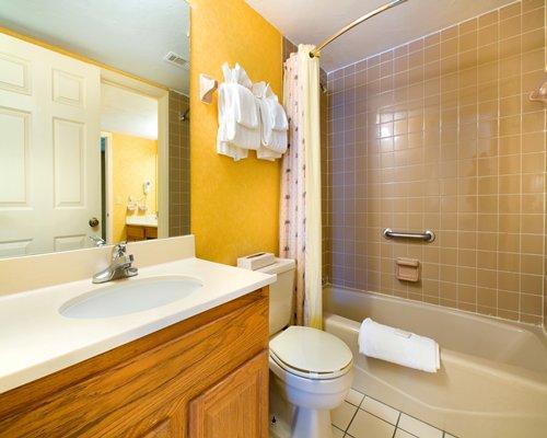 Ocean East Resort Club Ormond Beach Florida Condo Vacation Rentals
