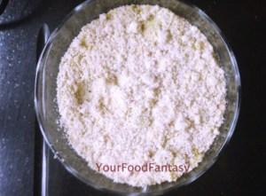 Badam Milk Recipe - Getting the paste of almonds, mace, pistachio ready