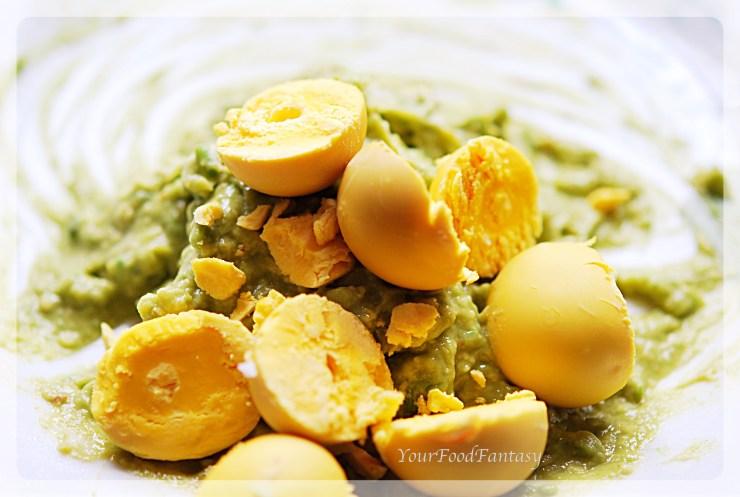 Mashig Avocada and egg york for Avocado Eggs at your food fantasy | YourFoodFantasy.com