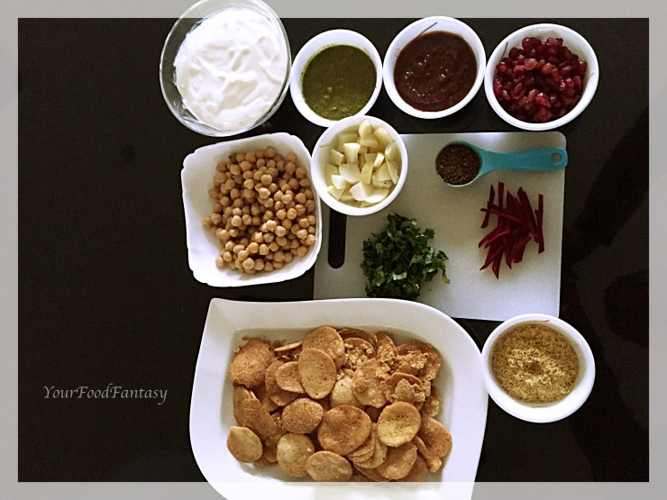 Papdi chaat recipe at Your food fantasy by meenu gupta | yourfoodfantasy.com