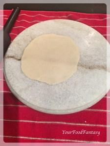 rolled dough for gujiya | gujiya recipe at yourfoodfantasy