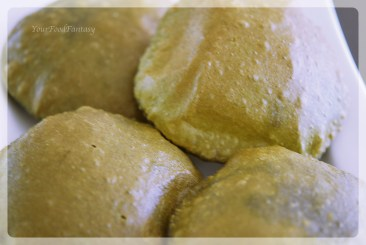 Palak Poori recipe | YourFoodFantasy.com