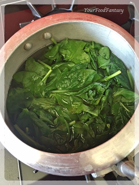 boiling spinach for palak paneer | YourFoodFantasy
