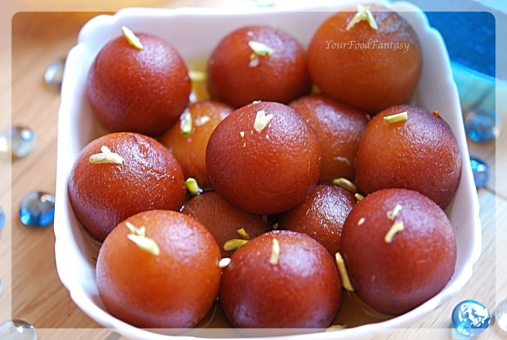 Gulab Jamun Recipe | Your Food Fantasy by Meenu Gupta