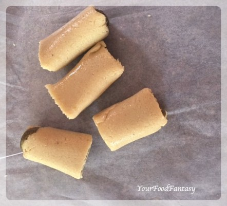 kaju-pista-roll-recipe-indian-sweet-recipe-your-food-fantasy-by-meenu-gupta