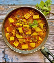 Aloo Matar Paneer Recipe | Your Food Fantasy