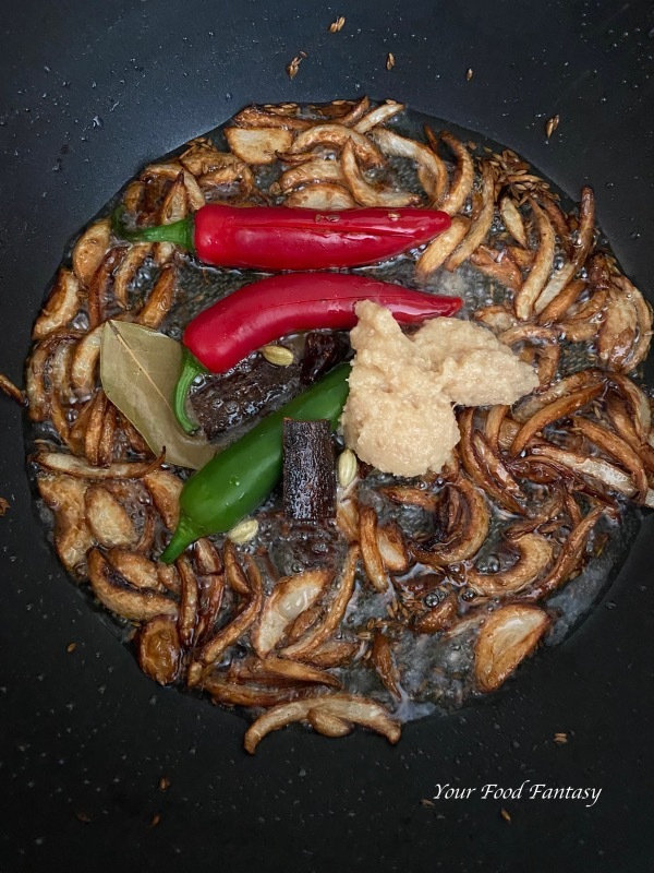 Making of Yakhni Chicken Pulao