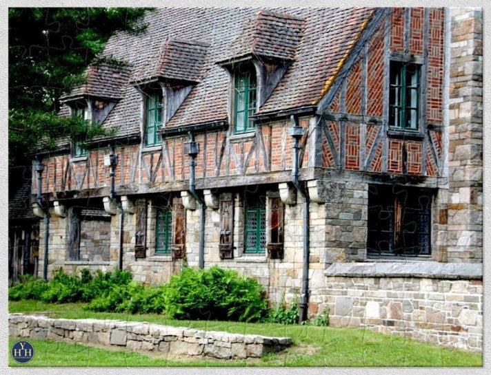 Acadia Gatehouse Puzzle Historic House