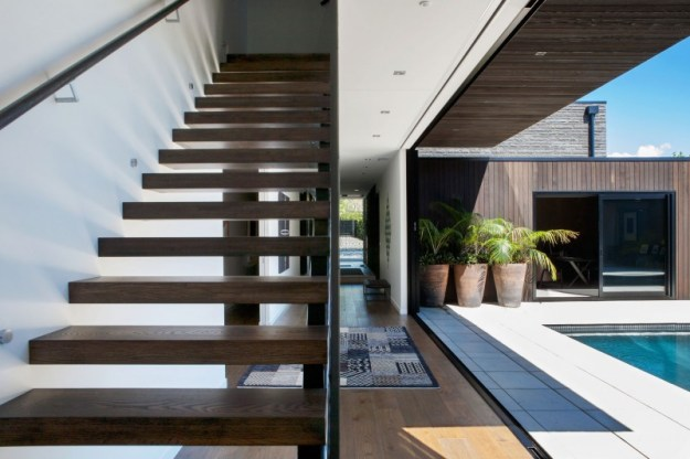 Private residence Godden Cres by Architects & Associates-10
