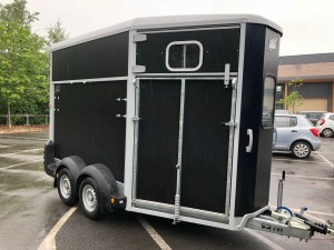 Ifor Williams Trailer HB511 in black