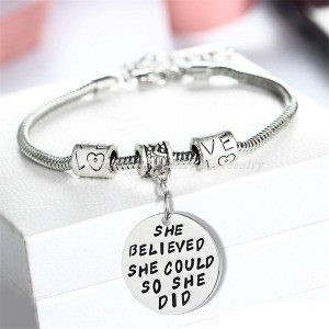 bracelet-ladies-she-believed-she-could-so-she-did