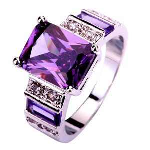 ring-ladies-sterling-silver-plated-gorgeous-emerald-cut-amethyst-white-topaz
