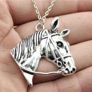 WYSIWYG-Simple-Polular-Hot-Vintage-Antique-Silver-Color-37-36mm-Silver-Horse-Head-Pendant-Chain-Necklace_jpg_640x640