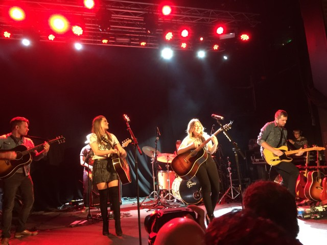 REVIEW: Maddie and Tae – Live At Manchester Academy2