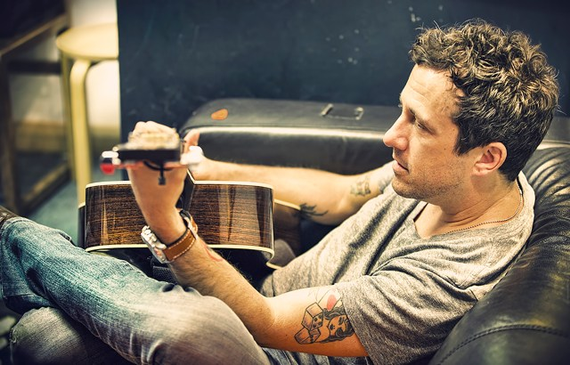 GIG REVIEW: Will Hoge – Night & Day Cafe, Manchester