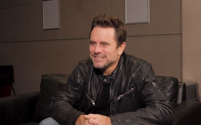 INTERVIEW: Charles Esten On The UK, New Single 'A Road And A Radio', C2C & More!