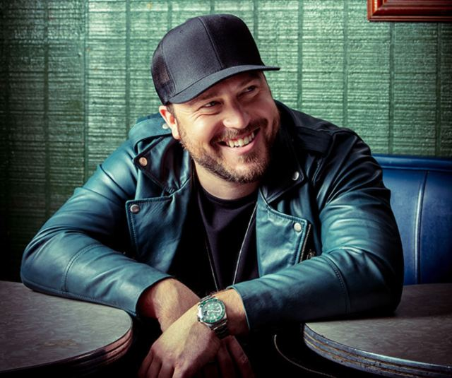 Mitchell Tenpenny Confirms First UK Appearances