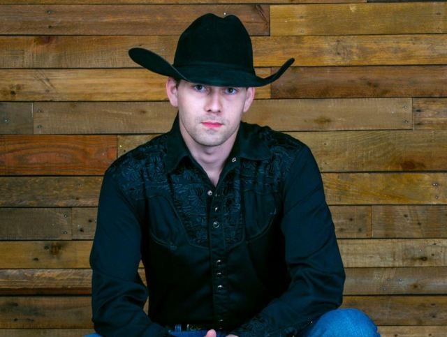 William Michael Morgan Drops New Song 'Whiskey Kinda Night'