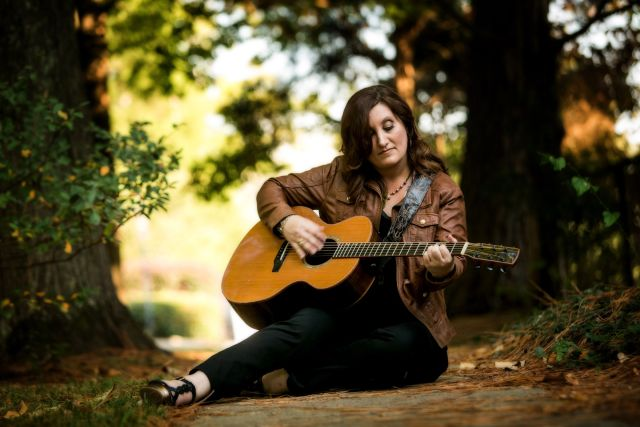 ALBUM REVIEW: Shantell Ogden – 'One Step Closer; Songs To Recover By'