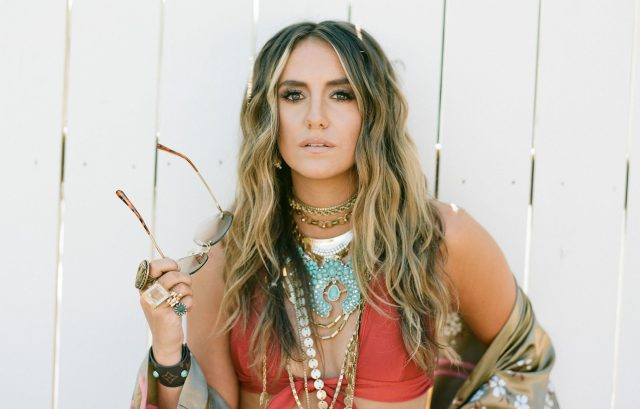 Lainey Wilson Shares Cinematic 'Things A Man Oughta Know' Video