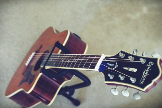 Learn Guitar Free Online, Tips for you to rock out in no ...