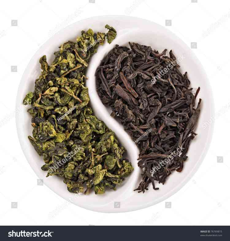 green-tea-vs-black-tea-01