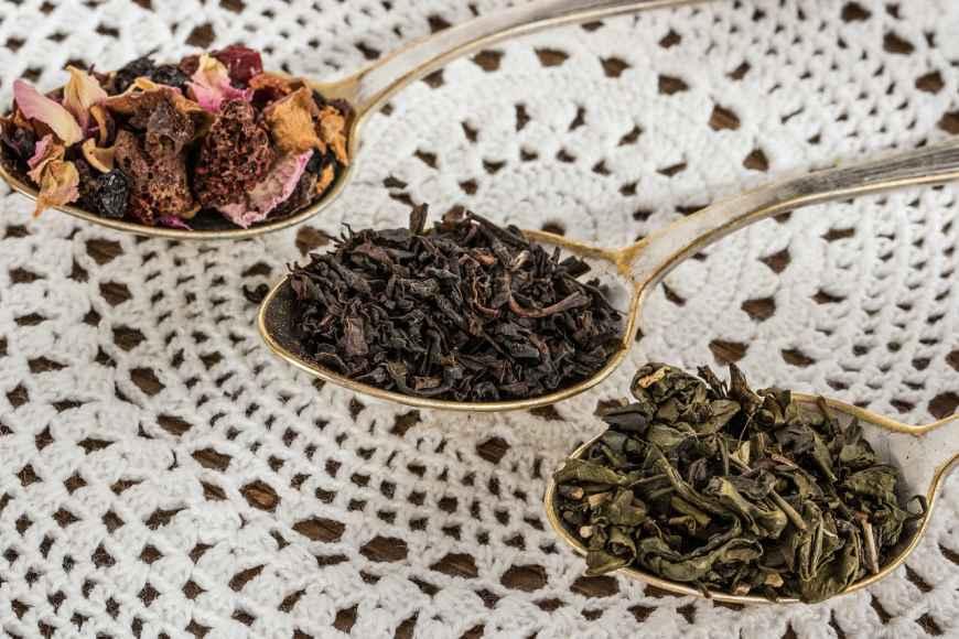 green-tea-vs-black-tea