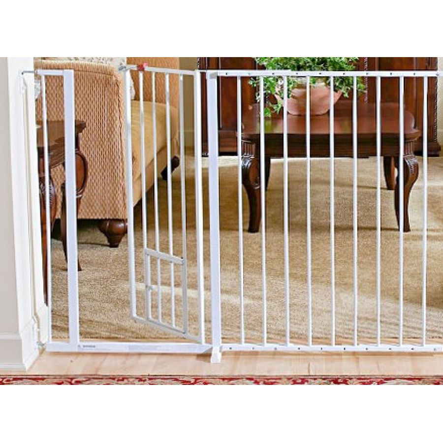 Charmant Carlson Maxi Walk Thru Gate With Pet Door. 🔍. $ 99.99