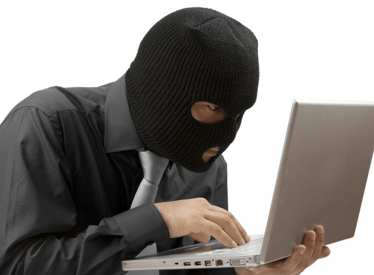How To Give Your Personal Information To Thieves While Traveling (a.k.a. DON'T DO THIS!)
