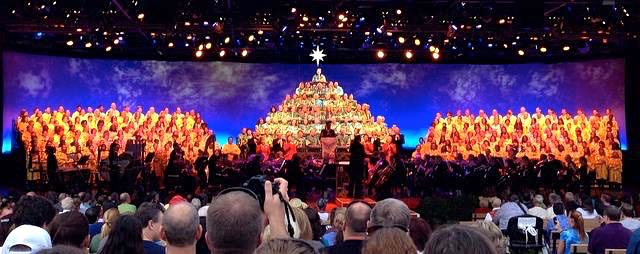A Backstage/Behind The Scenes Look At Singing In WDW's Candlelight Processional at Epcot!