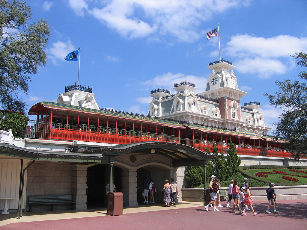 How To Get Discounted Disney & Other Theme Park Tickets From Your Employer