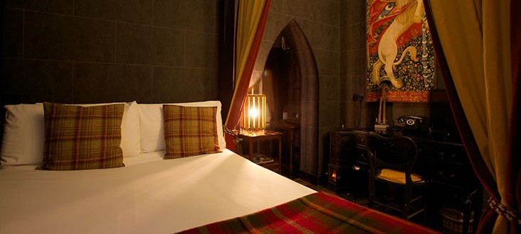 Harry Potter Fan? Here's A B&B That's Perfect For Wizards, Witches & Muggles, Too!