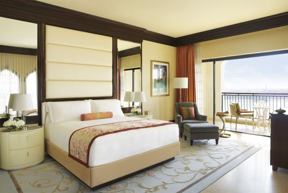 HotelLux