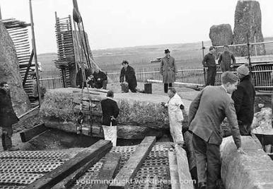 1954-stonehenge_copy24