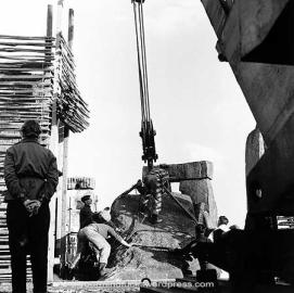 1954-stonehenge_copy47