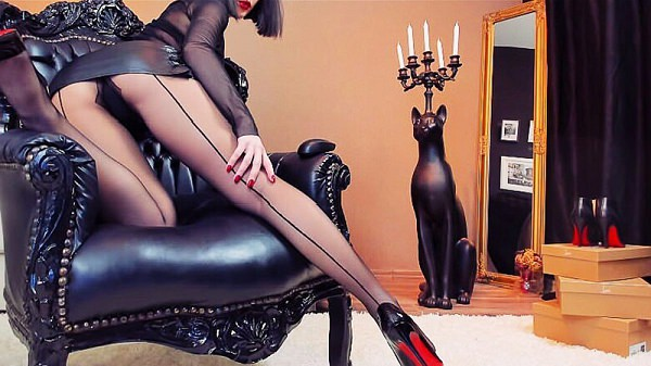 Findom Goddess in black RHT pantyhose drains a moneyslave - picture 2