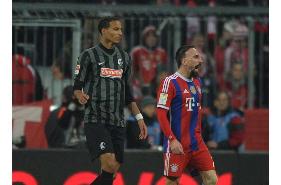 Christopher Jullien - Bayern Munchen Game SC Freiburg