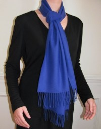 Wrap Shawls and Scarves Around Your Neck and Chest For ...