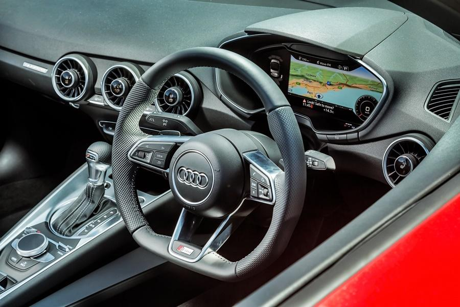 audi will offer refreshed audi a3 model with virtual cockpit. Black Bedroom Furniture Sets. Home Design Ideas