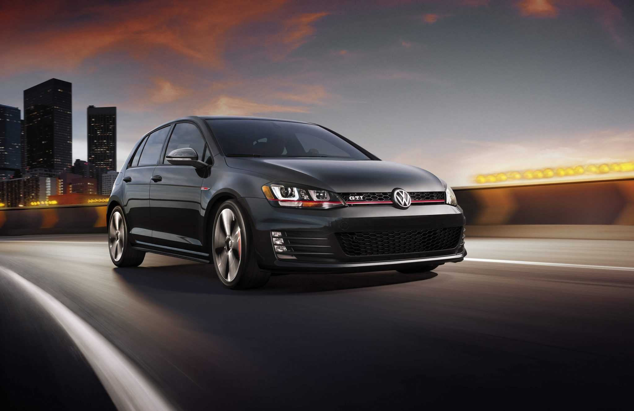 2015 Volkswagen Golf GTI Delivers Higher Performance and Increased Space at the Same Cost