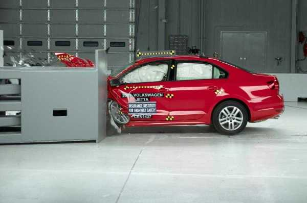 2015-volkswagen-jetta-crash-test