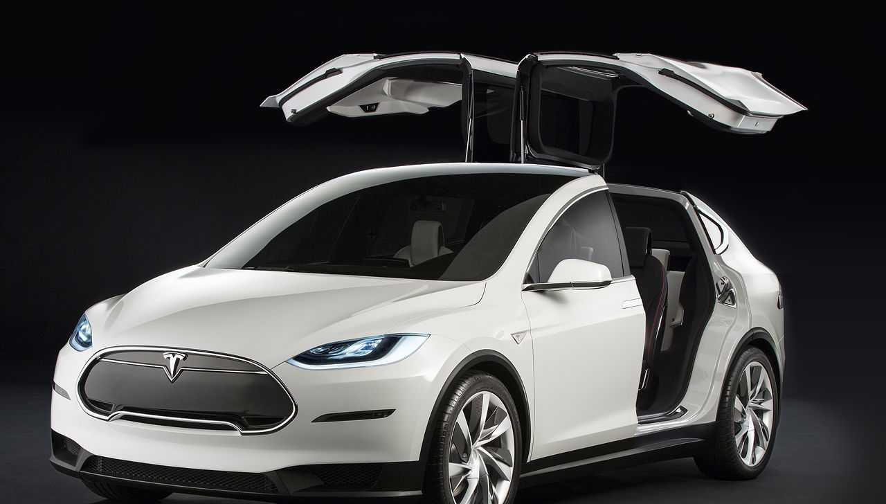 Tesla Believes the Model X SUV Will be a Roaring Success, Invests in Production