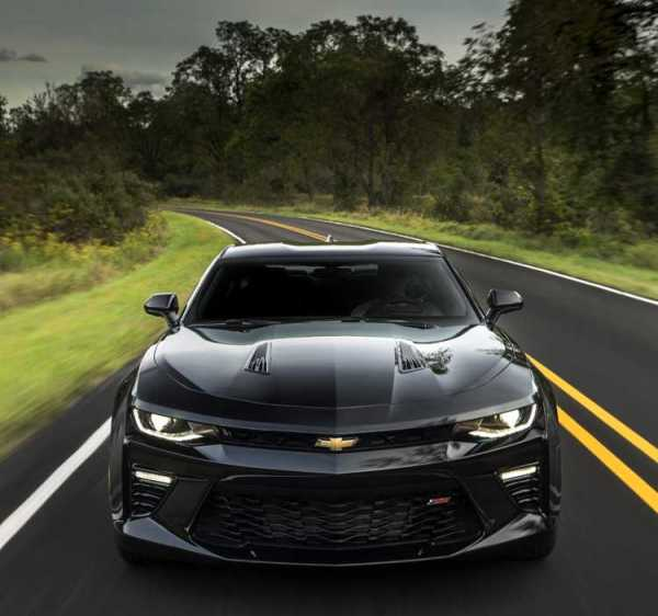 2016-Chevrolet-Camaro-Black