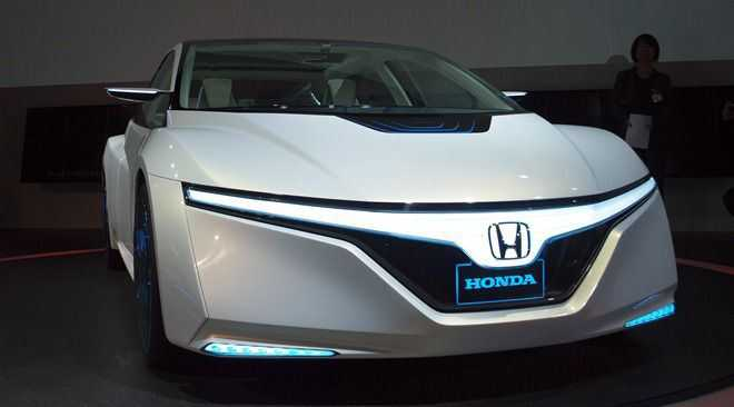 Honda Civic in its New Avatar to be Unleashed across Europe in Early 2017: Acura NSX in 2016