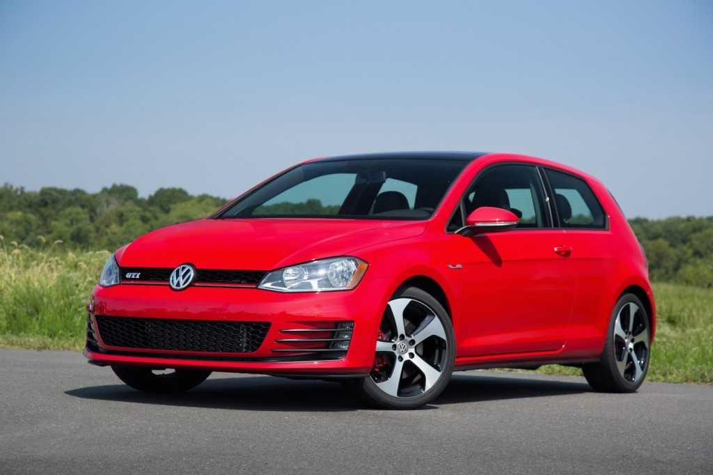2016 Volkswagen Golf GTE – Can the Plug-In Hybrid Save Volkswagen's Reputation?