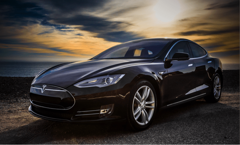 tesla model s p90d is unbelievably futuristic for the common driver. Black Bedroom Furniture Sets. Home Design Ideas