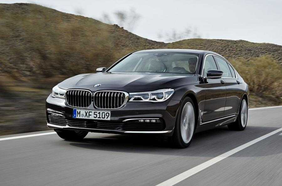 BMW 7 Series Cars Integrated with Welcome Light Carpet for Easy Identification