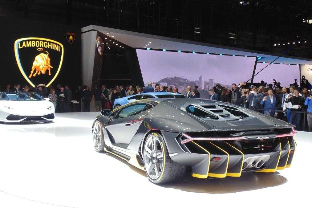 Official Pictures of Lamborghini's Hypercar Centenario Leaked